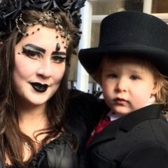 Mini-Goth-and-Mum